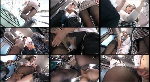 【エロ動画】満員バスで黒パンストを履いたOLが男子学生の股間にむっちり尻を擦りつける!ムラムラお姉さんと年下男子のバス内セックス!